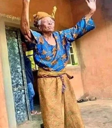 Meet A 112-Year Old Woman Who Still Looks Pretty And Fit